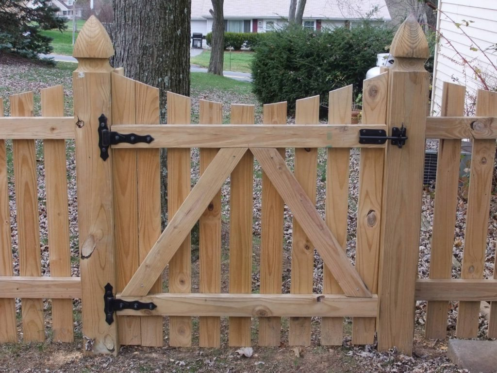Wooden Fence- Deck Builders in Frederick MD