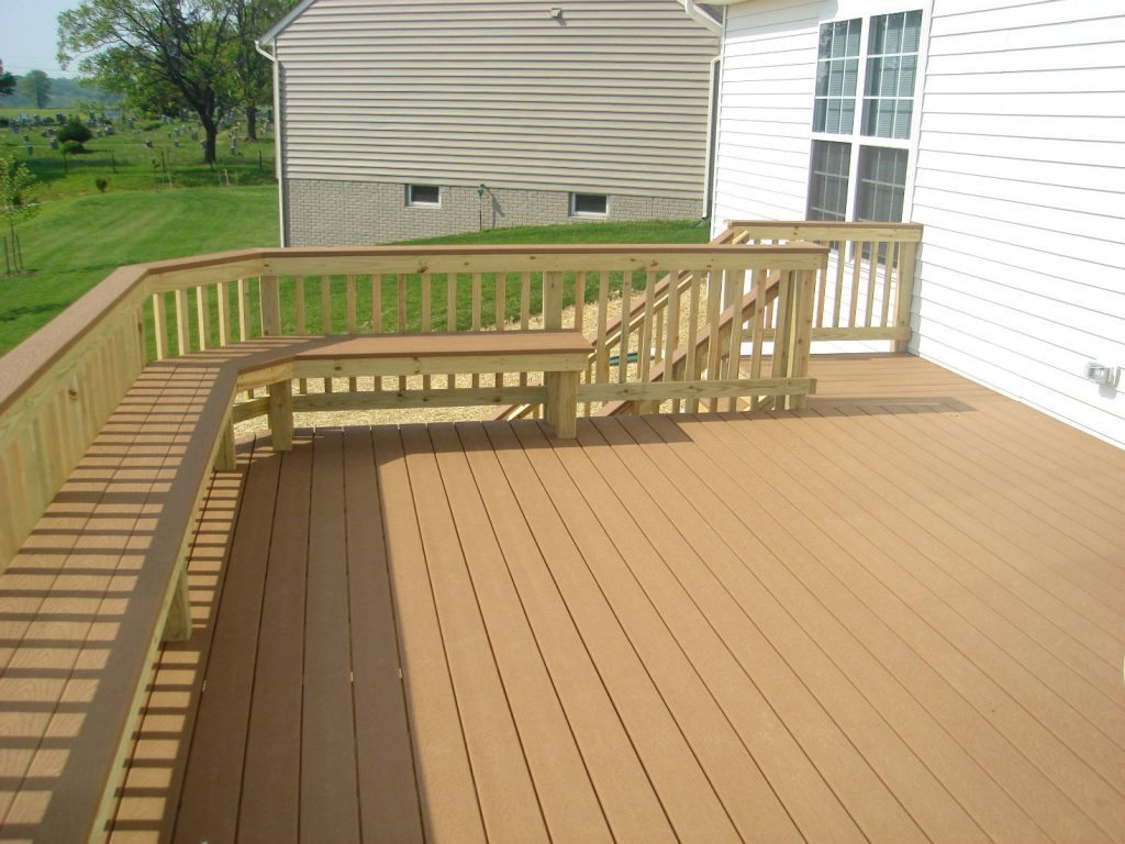 Trex Deck with Wood Rails & Bench. Built in Woodsboro- Wood Deck with Wood Rails- Deck Builder Frederick MD